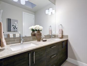Gray and clean bathroom lighting ideas